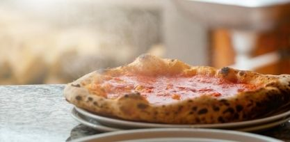 Try the Local Pizza in Naples