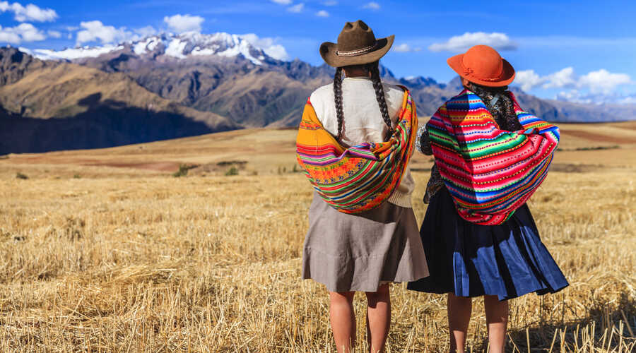 Peruvian women The Sacred Valley